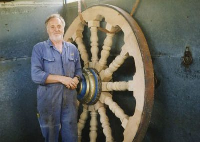 A giant carnival wheel