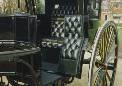 Hansom Cab leather upholstery