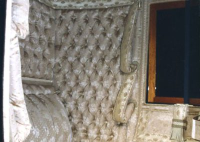 Coupé d'Orsay silk interior